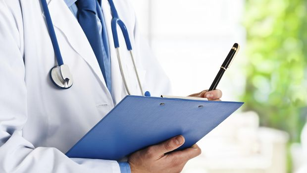Penyakit autoimun adalah penyakit yang menyerang sistem kekebalan tubuh sendiri.