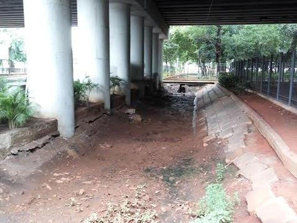 Pak Ahok, Taman Viaduct Klender Perlu Dibikin Ciamik Biar Bikin Betah