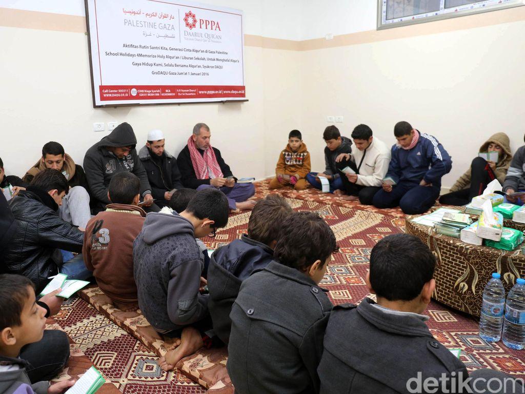 Dalam 20 Hari, Santri Daqu Gaza Hafal 61 Lembar Alquran