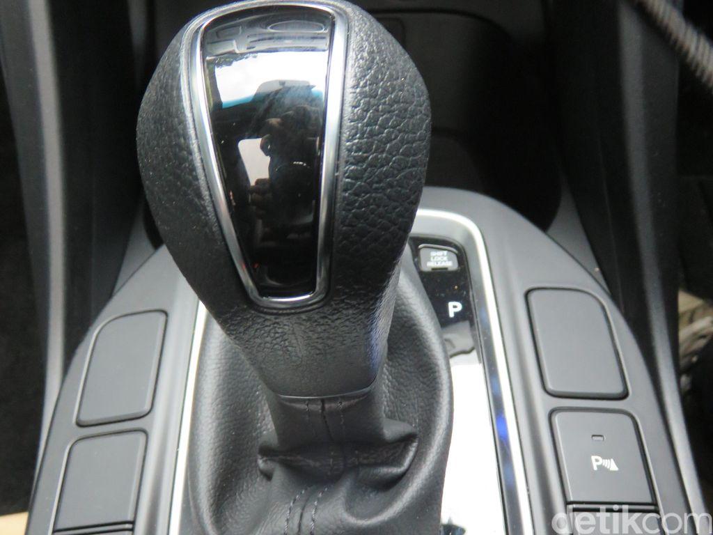 Begini Cara Engine Brake Pakai Mobil Matic
