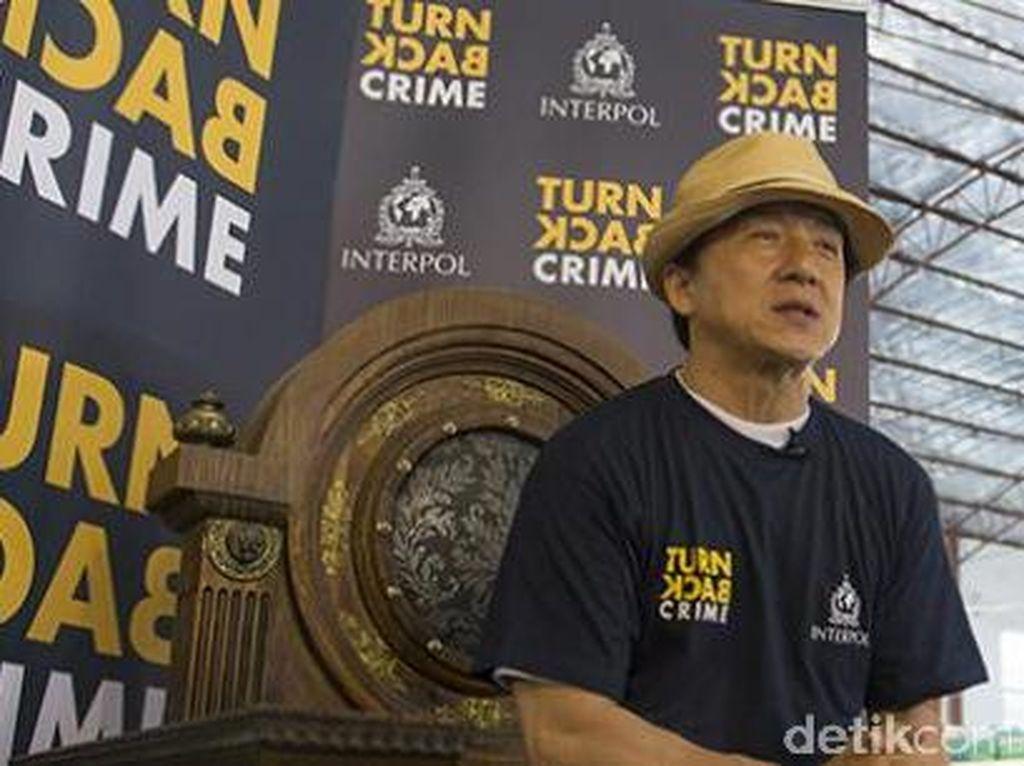 Jackie Chan Jadi Selebriti dengan Rumah Paling Mewah