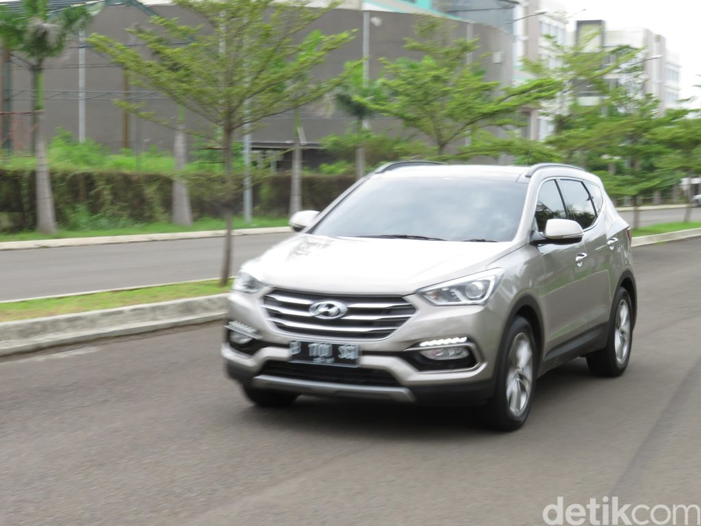 Pertama Kali Mencoba Hyundai Santa Fe Terbaru