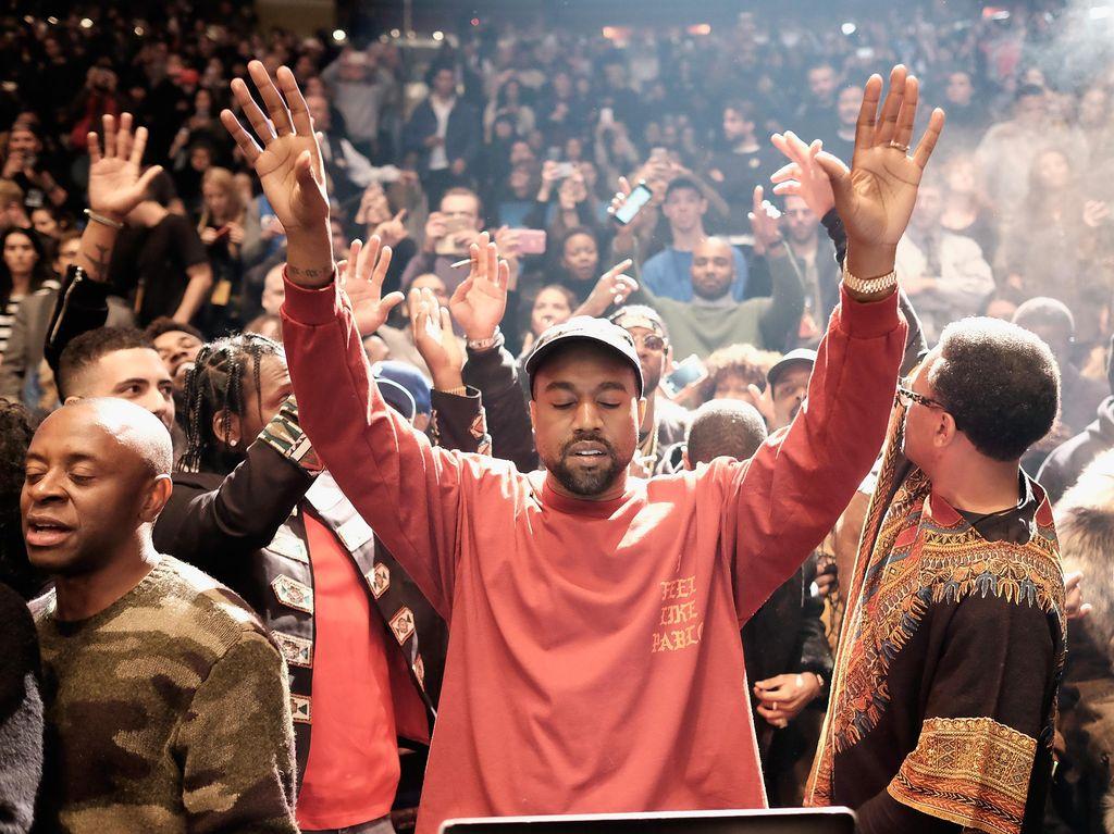 Kanye West Batal Tampil, Ini Kata Penyelenggara Coachella