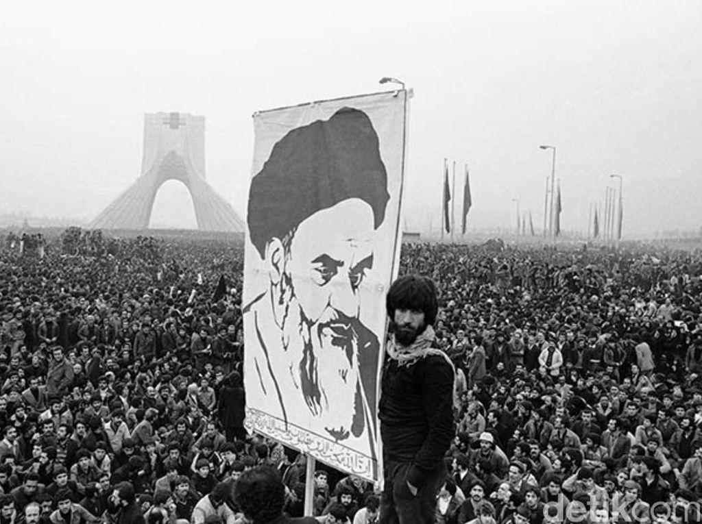 Orang Pintar Lari dari Iran