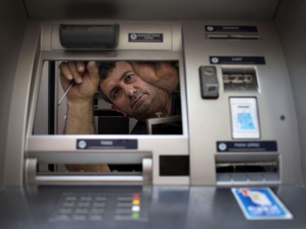 Polisi Selidiki Raibnya Uang Rp 91 Juta untuk Mesin ATM di Gambir