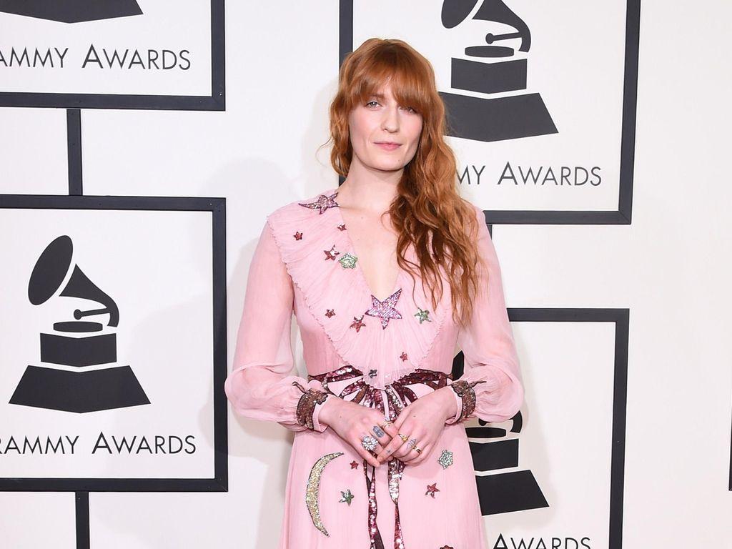 Florence + The Machine Dedikasikan Jenny of Oldstones untuk Arya Stark