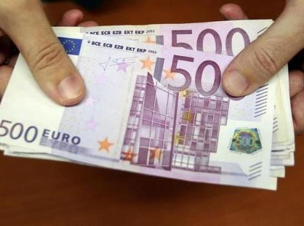 Euro Hari Ini Gimana?