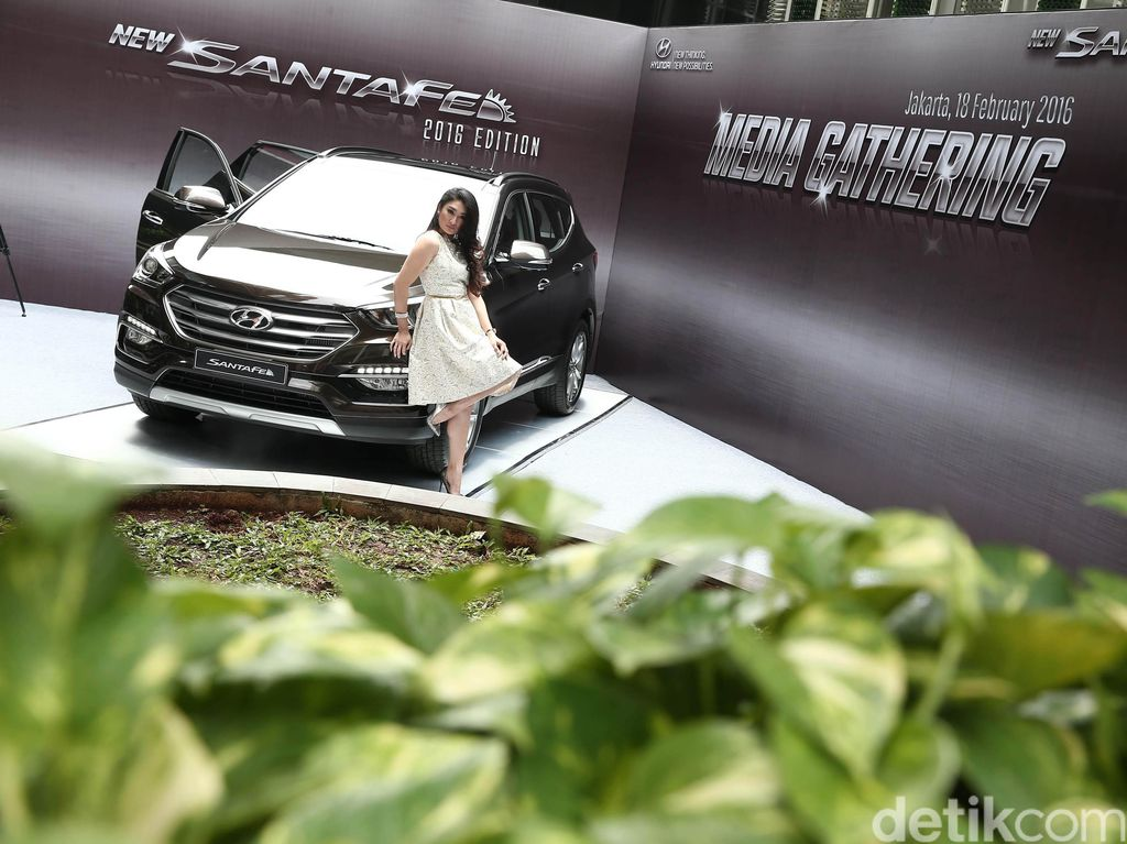 Hyundai Luncurkan Santa Fe