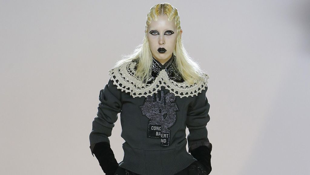 Marc Jacobs Tampilkan Model Bergaya Victoria Punk dan Lady Gaga di NYFW
