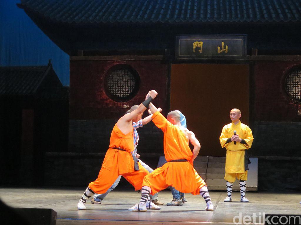 Ciaaat... Belajar Kungfu Bareng Pendekar Shaolin di Atas Panggung!