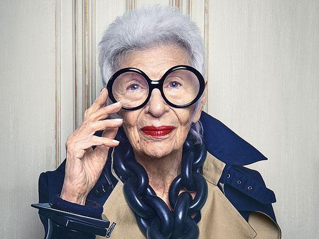 Potret Nenek 97 Tahun Masuk Agensi Model yang Sama dengan Gigi Hadid
