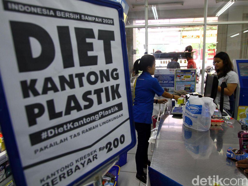 Waralaba Ikut Diet Kantong Plastik