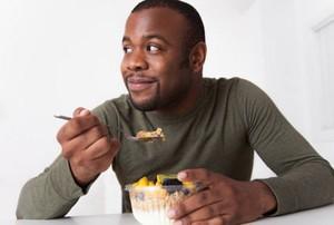 Demi Kesehatan, Hindari Lakukan 8 Hal Ini Setelah Makan (1)