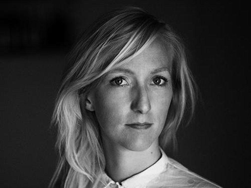 Fotografer Ini Potret Aktivitas di Bank Sperma Terbesar di Dunia