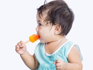 Makan Es Krim Bisa Bikin Anak Batuk dan Pilek, Mitos atau Fakta?