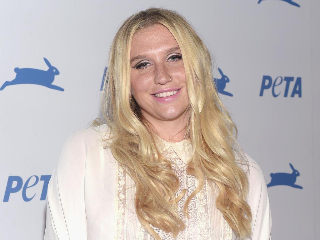 Produser Tegaskan Tak Pernah Lakukan Pencabulan pada Kesha