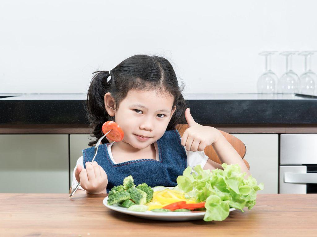 Anak yang Makan Sayur Tiap Hari Cenderung Bagus Nilai Sekolahnya