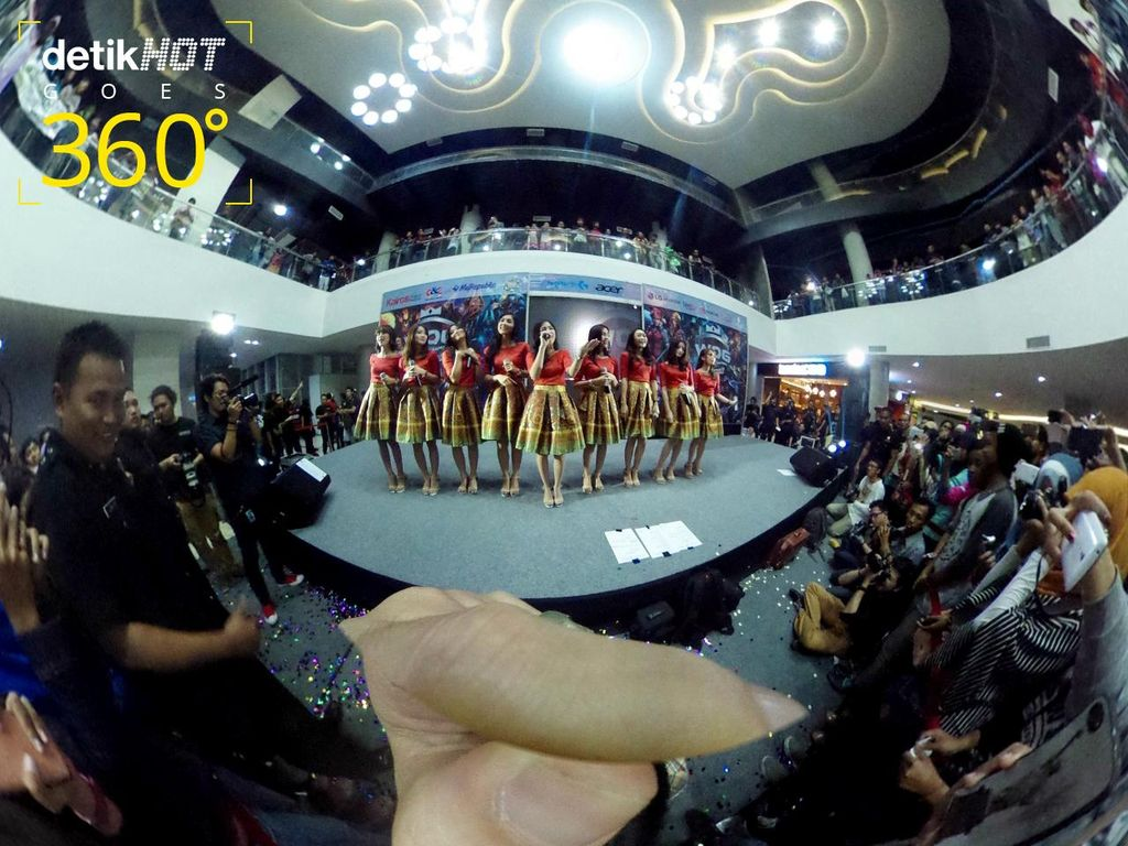 Keseruan Meet & Greet Cherrybelle di Semarang