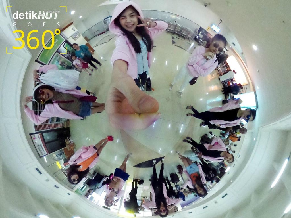 Cherrybelle Narsis dengan Kamera 360