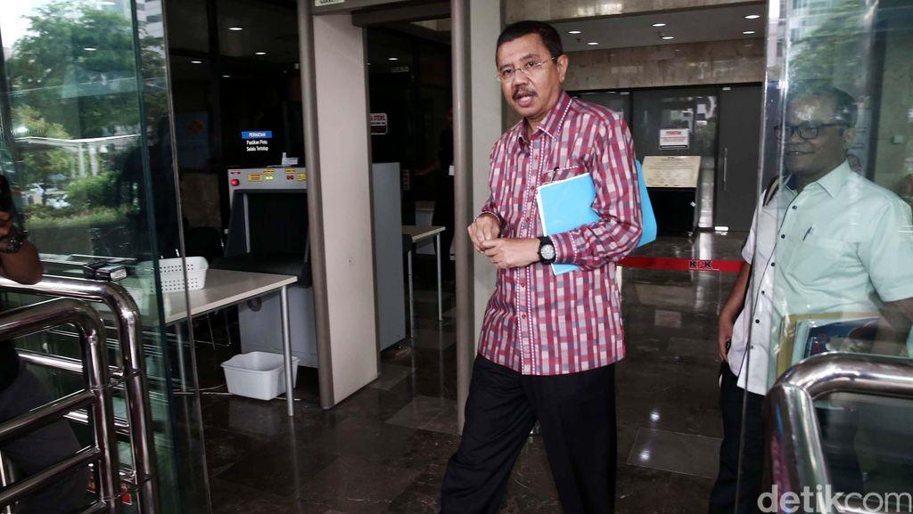 Gigit Jari Tengku Erry yang Gagal Jadi Gubernur Sumut Lagi