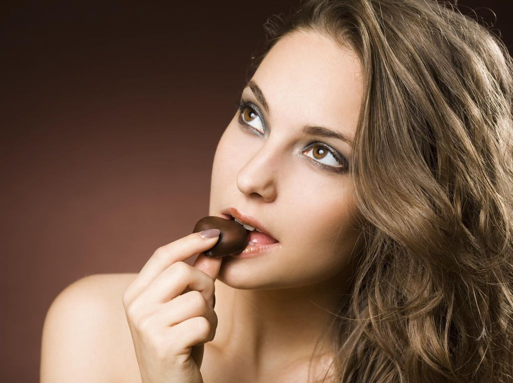 Cokelat Bikin Jerawatan, Benar Nggak Sih?