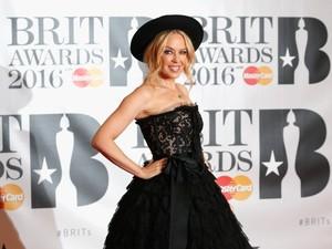Rebutan Nama di Pengadilan, Kylie Minogue Menang atas Kylie Jenner
