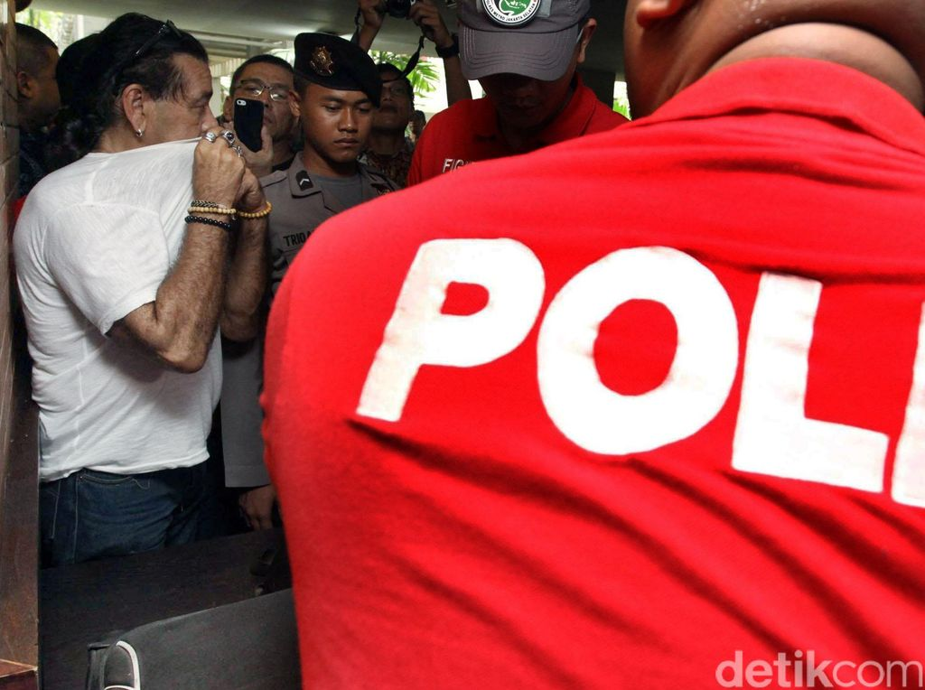Polisi Amankan 1 WNA dari Kalibata City
