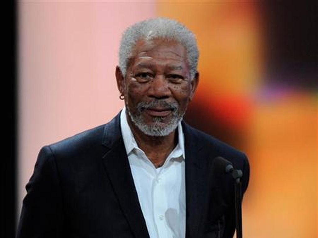 Morgan Freeman Gabung Ryan Reynolds di Sekuel The Hitmans Bodyguard