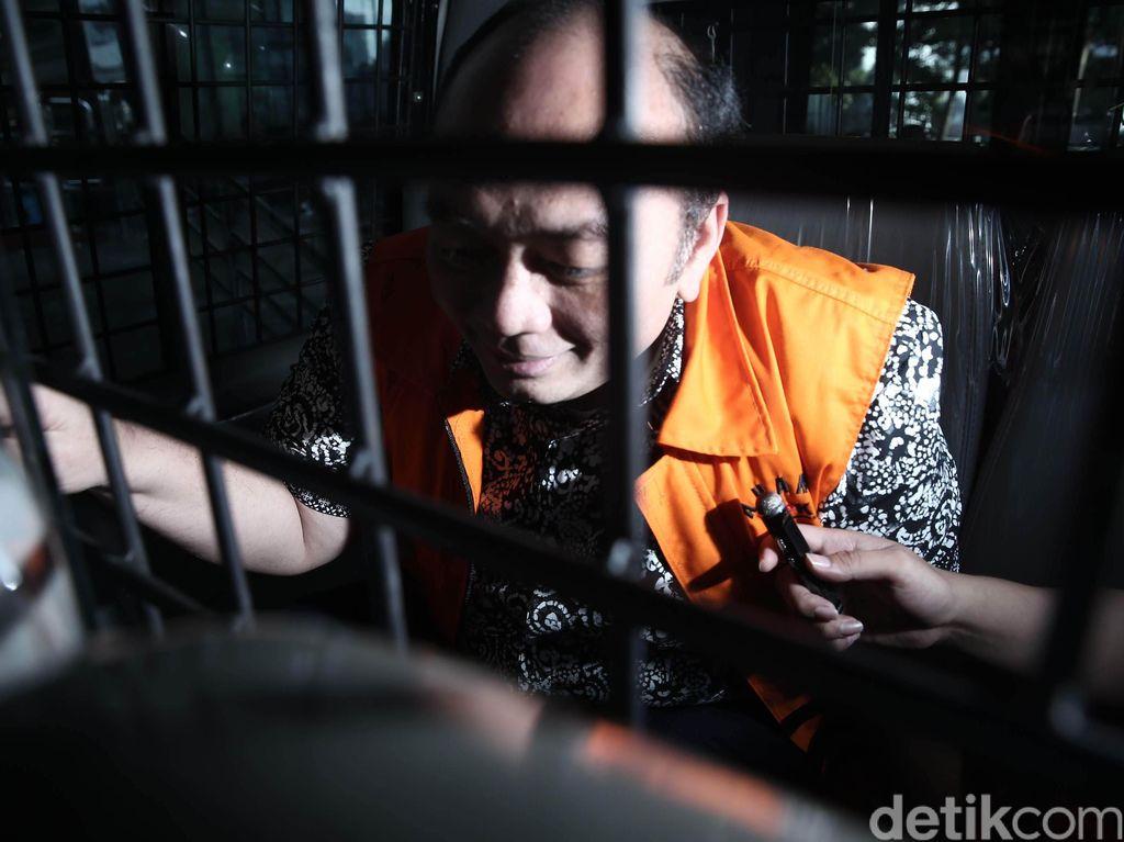 Tiga Tersangka Kasus Suap MA Diperiksa KPK