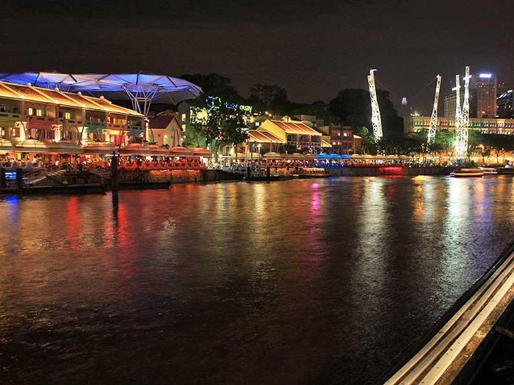 Foto: Sandiaga Uno, Clarke Quay dan Pasar Baru Jakarta