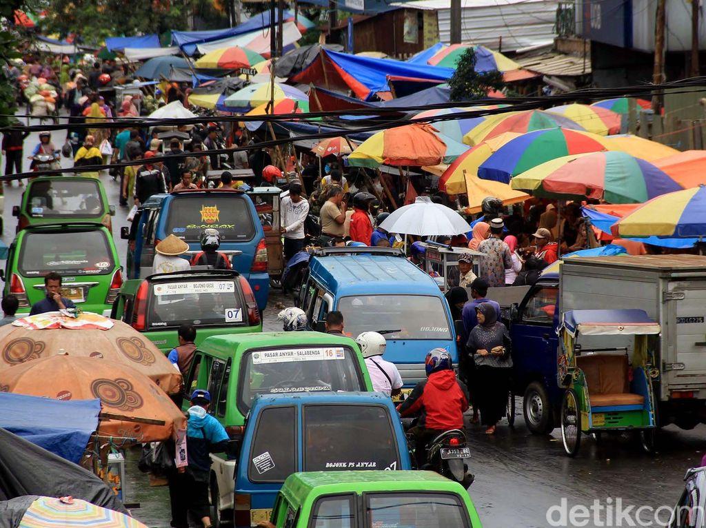 Semrawutnya Pasar Anyar Bogor