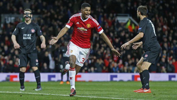 Debut sensansional dicatatkan oleh Marcus Rashford saat berlaga bersama Manchester United Liga Europa. MU menang 5-1 atas Midtjylland, Rashford membukukan 2 gol. (Foto: Jason Cairnduff/Reuters)