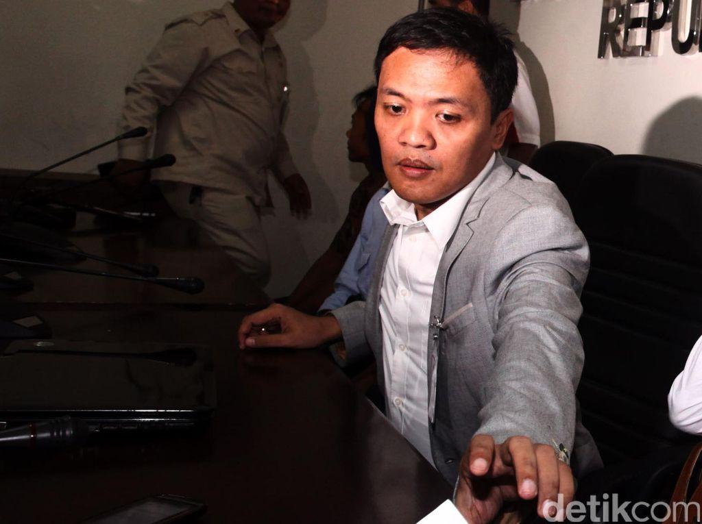 Gugat Cuti Selama Masa Kampanye, Ahok Diganjal Habiburokhman di MK