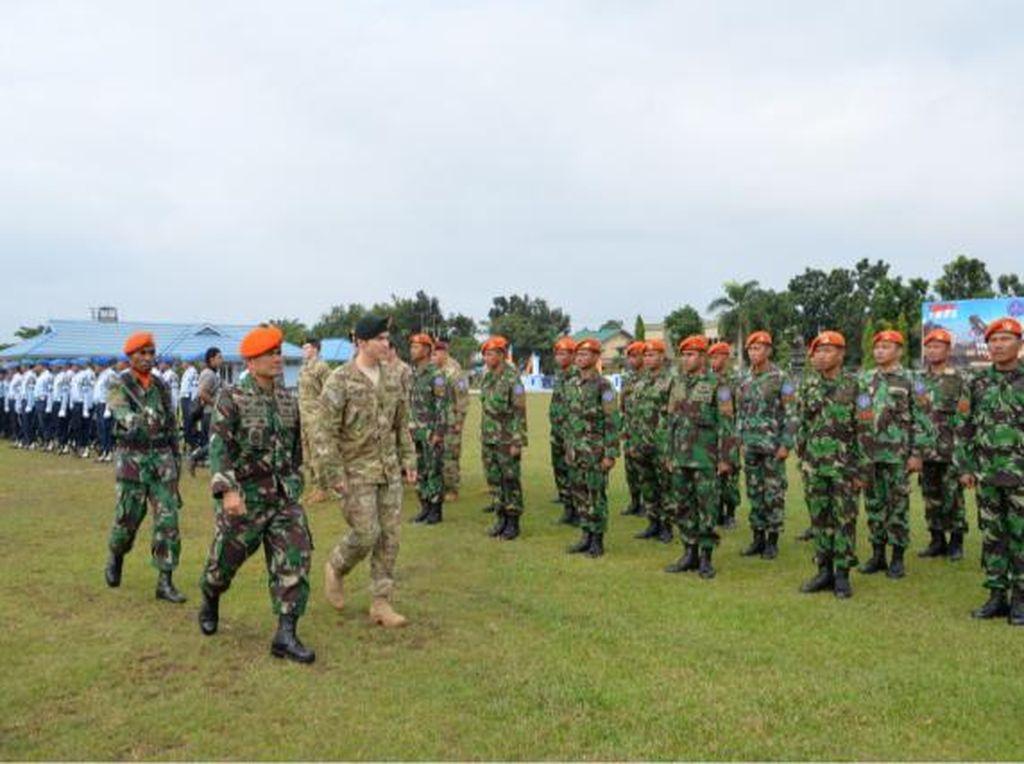 Paskhas TNI AU Latihan Gabungan dengan Pasukan Elite AS di Pekanbaru