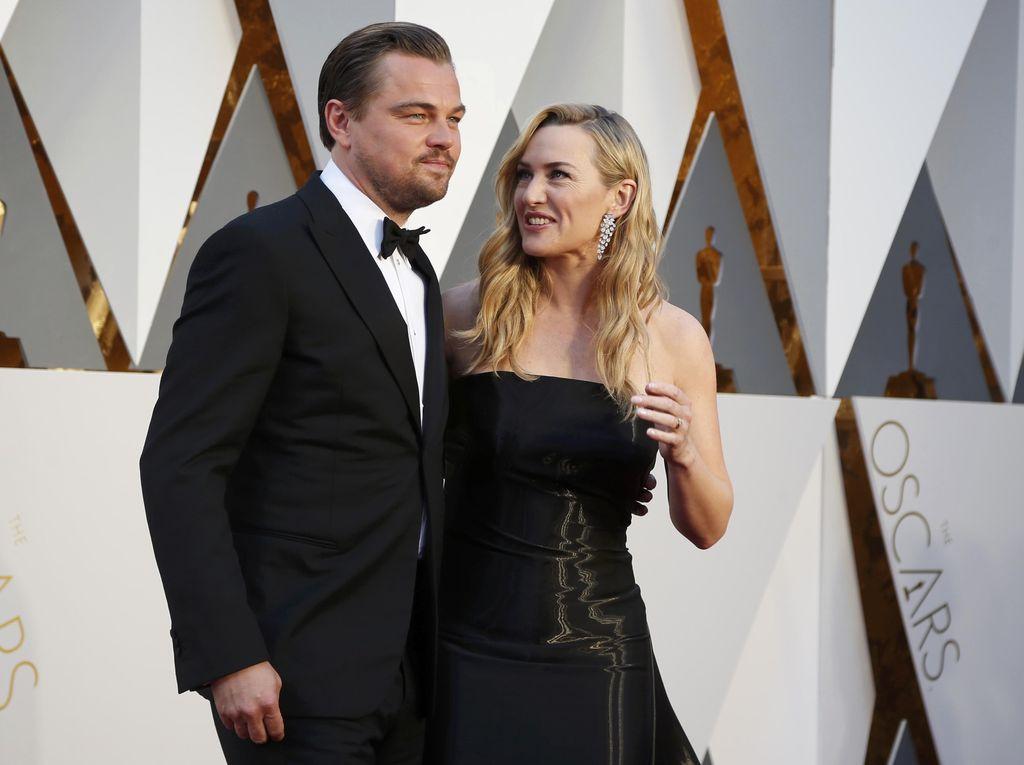 Kebersamaan DiCaprio dan Kate Winslet di Oscar Bikin Heboh Internet