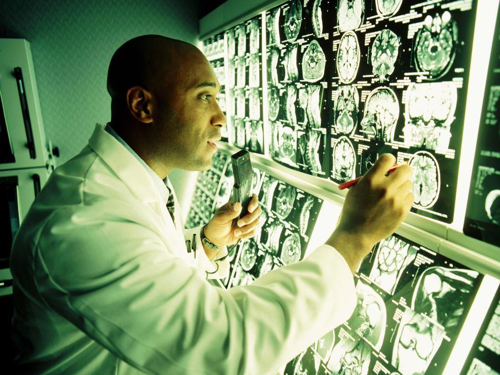 Banyak Disebut Saat Novanto Kecelakaan, Apa Bedanya MRI dan CT Scan?