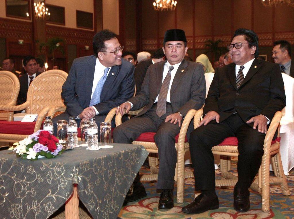 Wakil Ketua MPR Oesman Sapta Hadiri Sidang Pleno Laporan Tahunan 2015 Mahkamah Agung