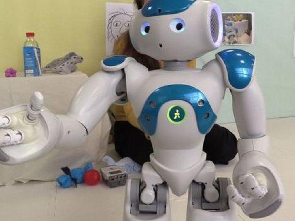 Unik! Robot-robot Jadi Pegawai di Hotel Ini