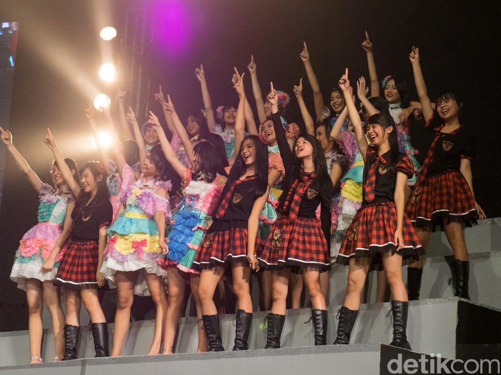 Fans Berat Nih! Pria Asal Jepang Borong 200 Tiket Ikut Handshake JKT48