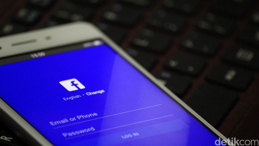 Begini Strategi Operator Malaysia Hadapi Facebook Cs