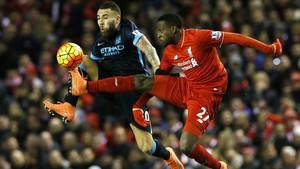 Tahun Baruan <i>Nonton</i> Liverpool vs City