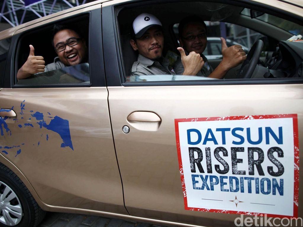 Keceriaan Datsun Risers di Pantai Lampuuk