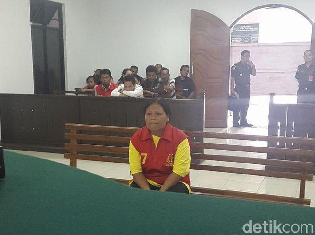 Guru Agama Nyambi Calo CPNS Dihukum 44 Bulan Penjara