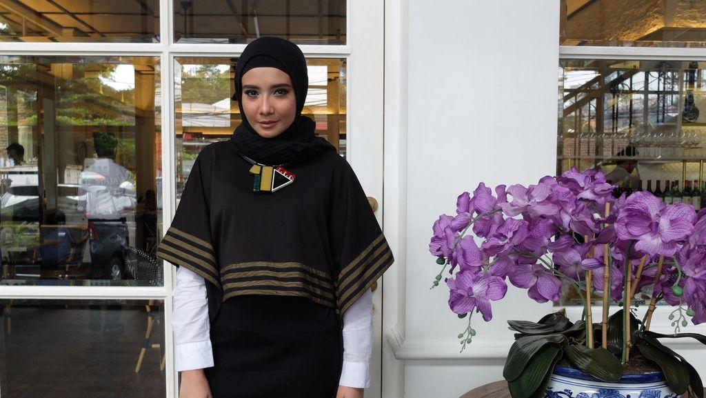 Zaskia Sungkar Angkat Batik Garutan untuk Koleksi Lebaran 2016