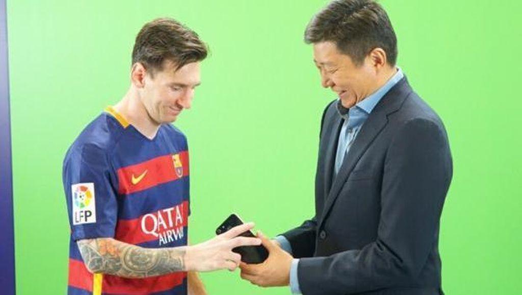 Misi Advan di Balik Kontrak Jutaan Euro dengan Barcelona