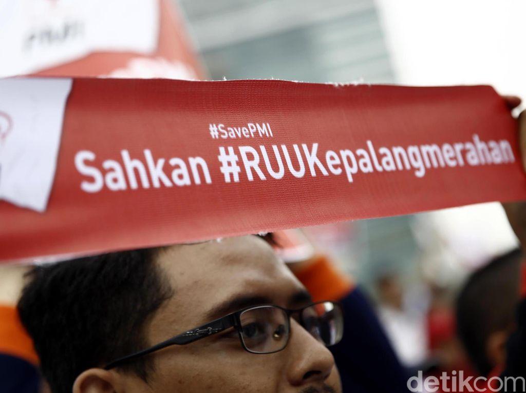 Cerita Kunjungan Kerja Anggota DPR ke Denmark soal Lambang Palang Merah