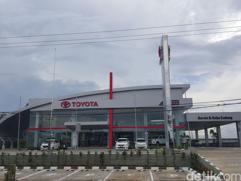 Auto2000 Jadi Diler Toyota dengan Jaringan Terbanyak di Dunia