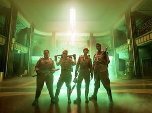 Ini Alasan Paul Feig Baru Reboot Ghostbusters Tahun Ini