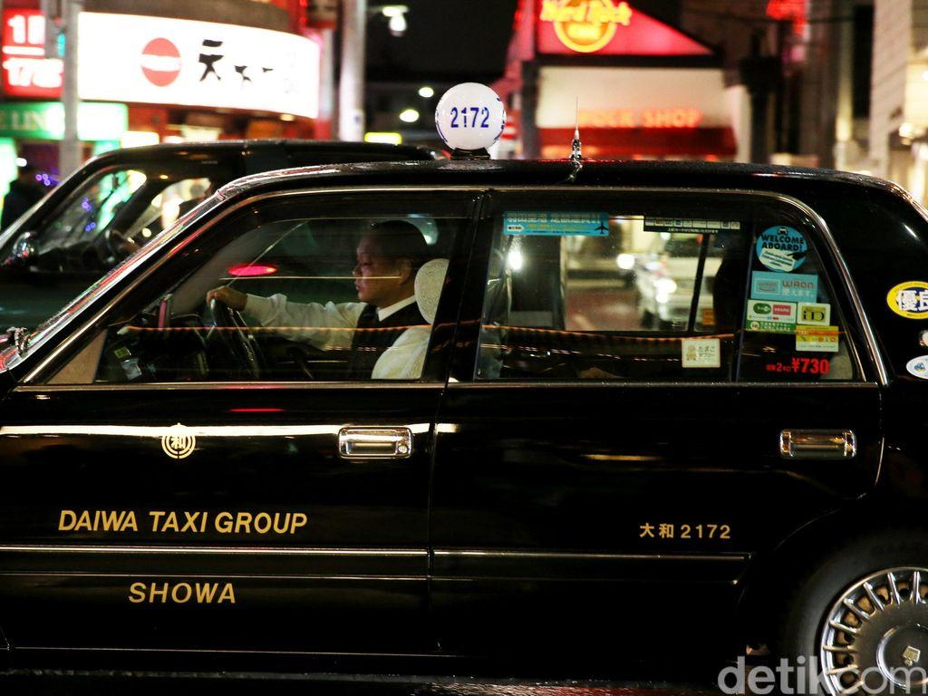 Keren! Sopir Taksi Tokyo Dibolehkan Tolak Tamu Tanpa Masker