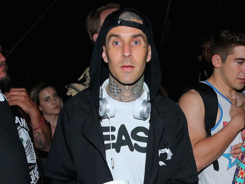 Hore! Travis Barker Siap Berisik Lagi Bersama Blink-182